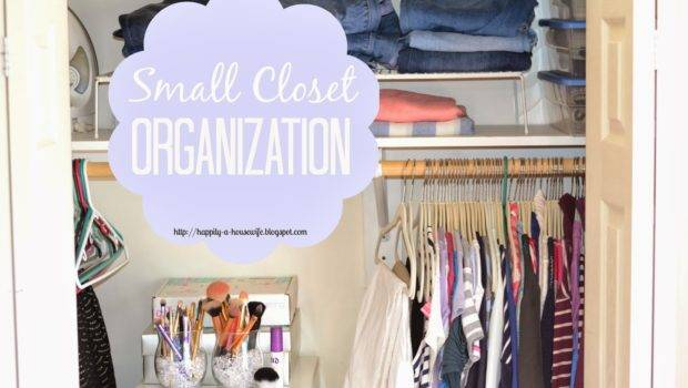 Happily Housewife Small Closet Organization