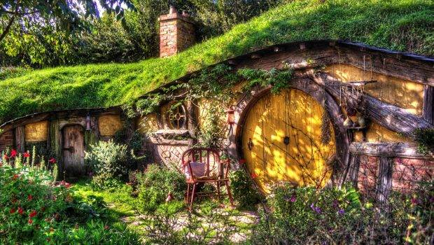 Hobbiton Movie Set New Zealand World Travel