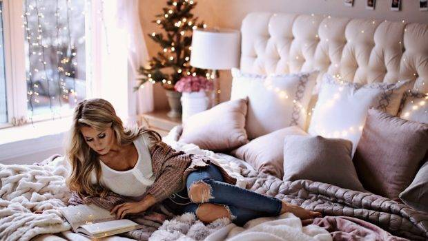 Holiday Decor Ideas Your Bedroom Welcome Olivia