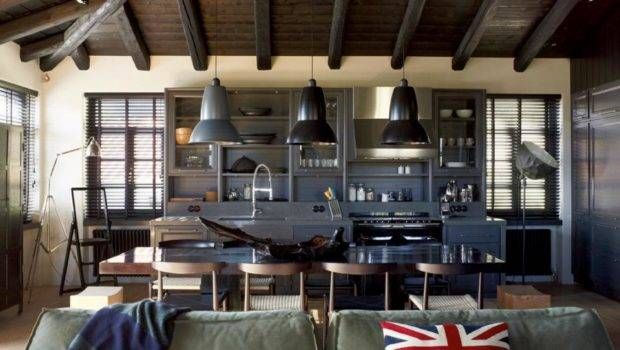 House Combines Industrial Traditional Style Decoholic