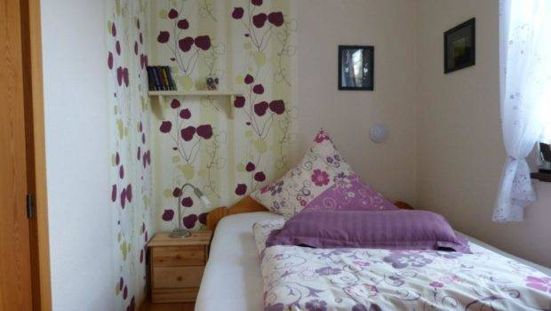 Ideas Small Bedrooms Make Look Bigger Drawhome