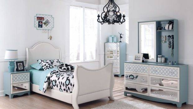 Ideas Vintage Bedroom Design Small Cheap Side Table Single