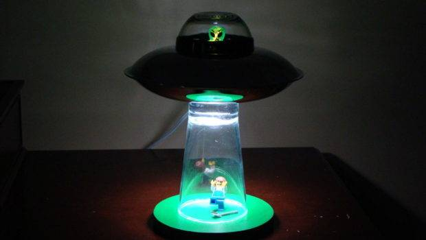 Instructable Show Make Alien Abduction Lamp