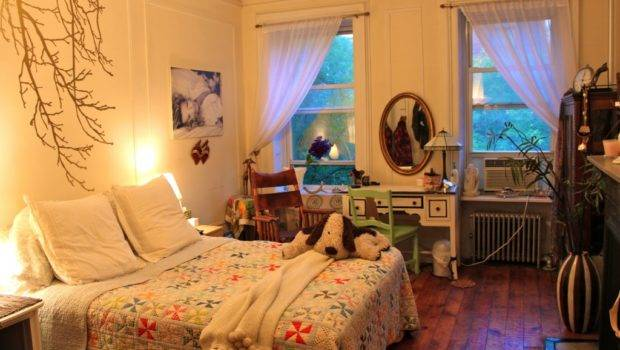 Itsy Bitsy Bedroom Maximizing Your Small Space Ramshackle Glam