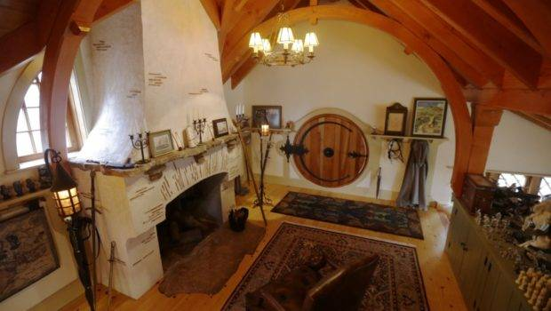 Jrr Tolkien Fan Builds Hobbit House His Back Garden