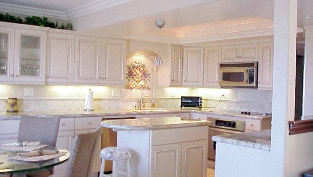 Just Another Beautiful Kitchen Custom Tile Work Specialtouch