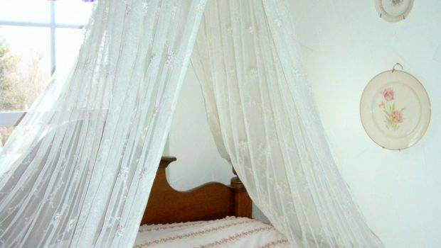 Kids Room Pretty Looks Canopy Beds Girls Showing