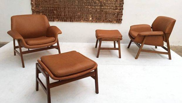 Leather Lounge Chairs Matching Ottomans Frattini