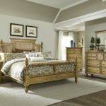Liberty Furniture High Country Poster Bed