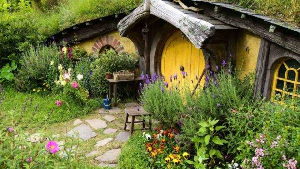 Living Real Life Hobbit House Chromologist