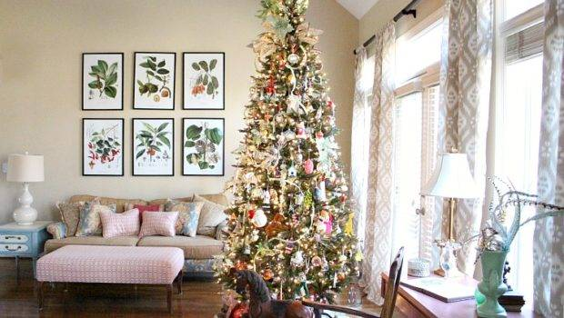 Living Room Decorated Christmas