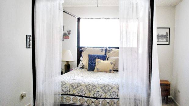 Long White Bed Canopy Curtain Idea Paired Decorative Brown Floral