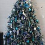 Magical Ways Decorate Your Christmas Tree