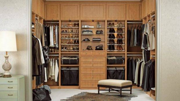 Make Your Closet Look Like Chic Boutique Bedrooms