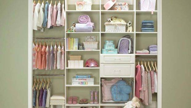 Maximize Small Closet Space