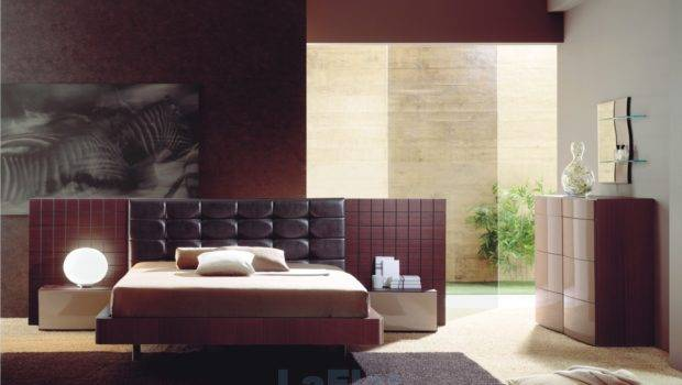 Modern Bedroom Maroon Color Here Some Contemporary