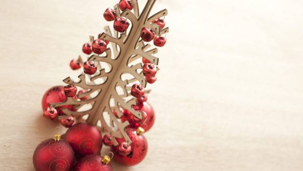 Modern Christmas Tree Decoration Stylized Hung