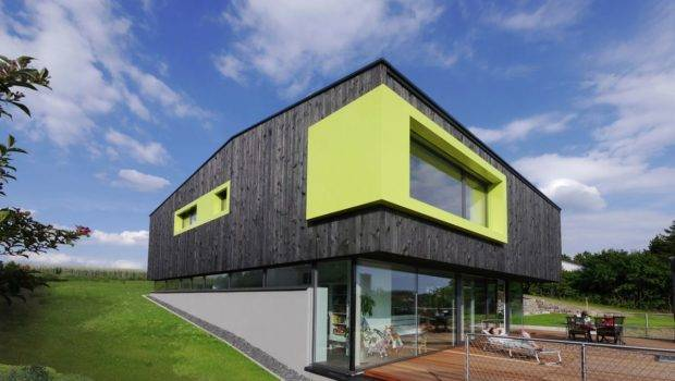 Modern Home Bends Rules Maximize Functionality