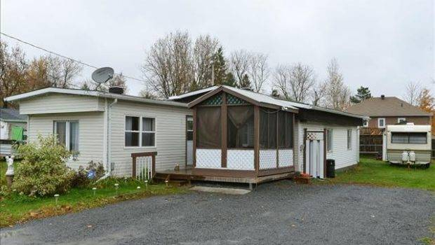 Need Sell Trade Mobile Home Kingsville Ontario