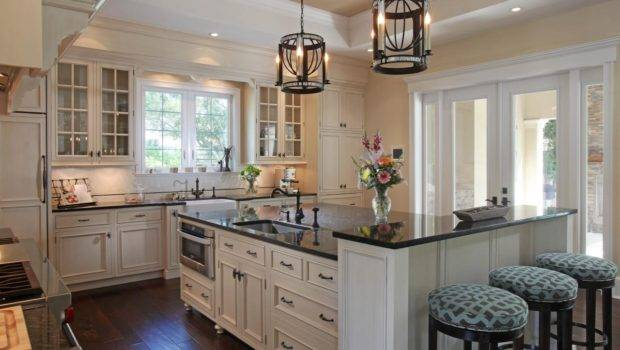 Neutral Traditional Kitchen Photos Hgtv