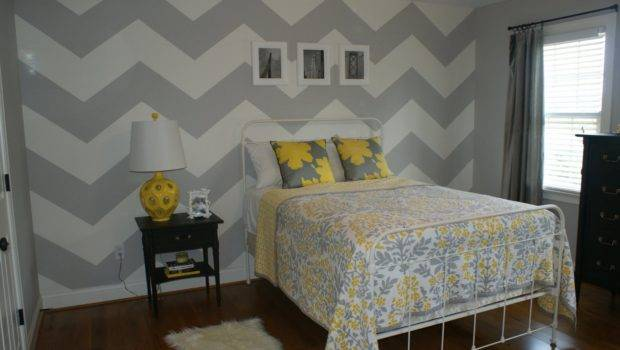 Olivia Grayson Gray White Chevron Walls