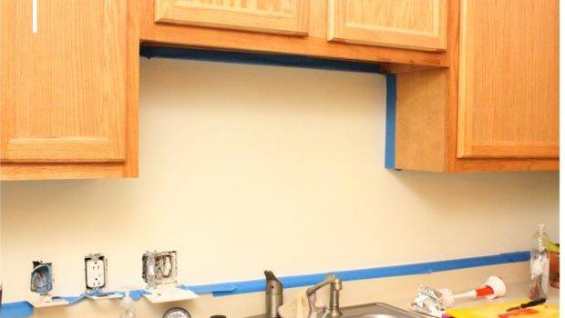 Paint Walls Using Brush Roller Cover Your Area