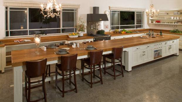 Perfect Your Kitchen Applying Long Island Designs