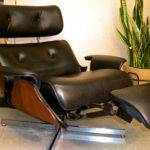 Plycraft Eames Style Recliner Built Footrest Mid