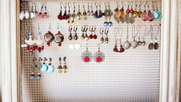 Project Much Now Thinking Adding Jewelry Display
