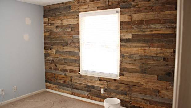 Recycled Pallet Accent Wall Handmadeology