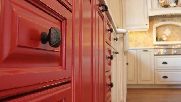 Red Kitchen Cabinets Oil Rubbed Bronze Knobs