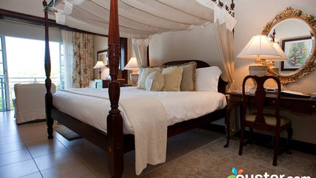 Romantic Hotel Room Beds Sandals Royal Plantation Oyster