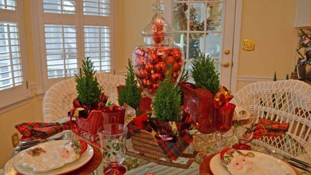 Santa Themed Tablescape Plates Sleigh Centerpiece