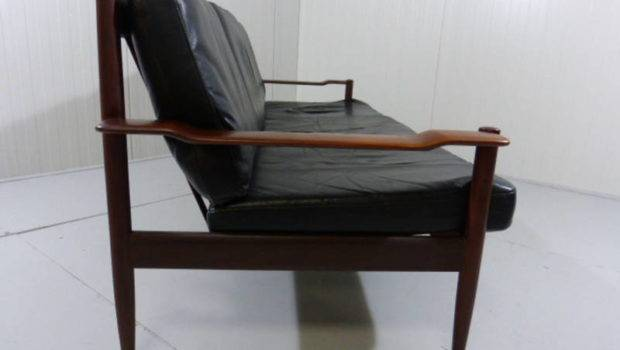Scandinavian Sofa Couch Rosewood Leather
