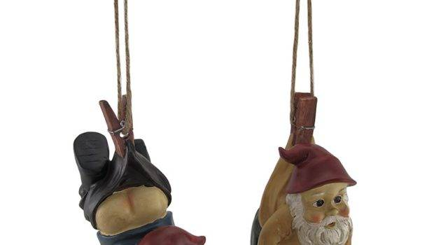 Set Gnomes Clothespins Rope Hanging Statues