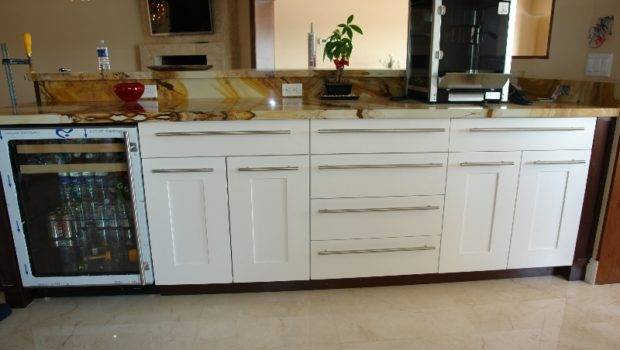Shaker Style Kitchen Cabinets Modern