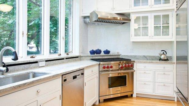 Shaker Styled Cabinet Corner Style Stove Contemporary Kitchen