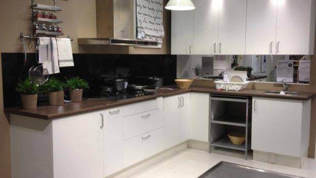 Shaped Kitchen Layout White Cabinet