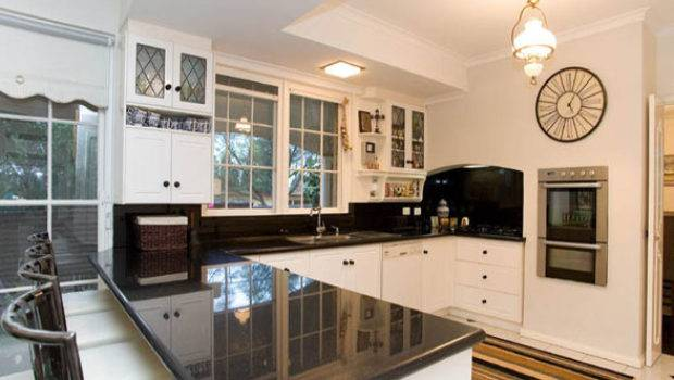 Shaped Kitchen Layouts Best Layout Room