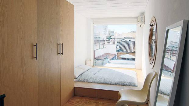 Shipping Container Bed Breakfast Majorca Espai Fly