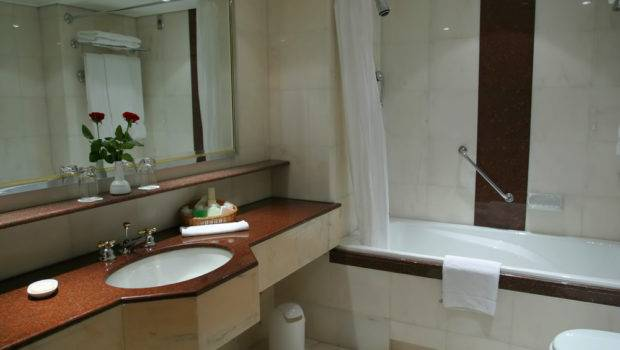 Simple Bathroom Remodel Ideas House Remodeling