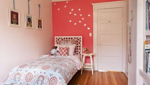 Simple Small Bedroom Color Decoration