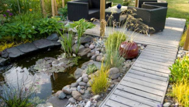 Small Backyards Water Features Gardens Design