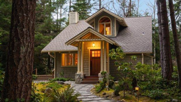 Small Home Exterior Leading Ten Rewards Downsizing Into Smaller