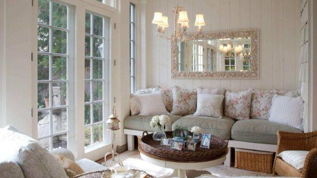 Small Living Room Decorating Ideas
