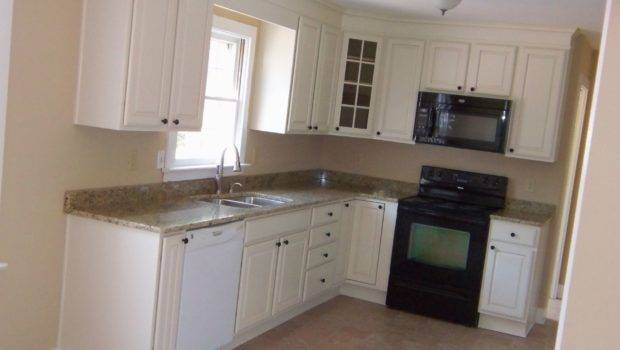 Small Shaped Kitchen Designs