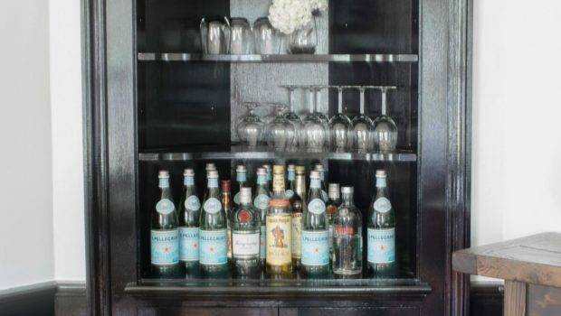 Small Space Friendly Home Bar Ideas Hgtv Decorating