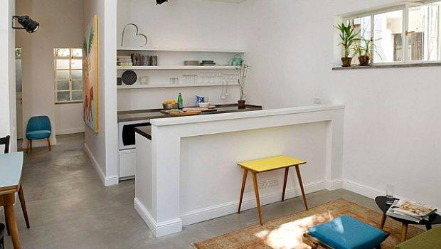 Smart Renovation Turns Old Jewelry Store Into Small