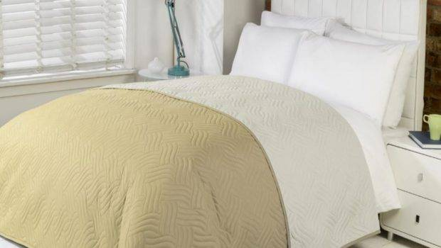 Soft Quilted Comforter Microfibre Throw Bedspread Bedding