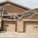 Spooktacular Halloween Garage Door Cor Ideas